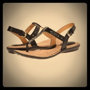 BOC black thong sandal